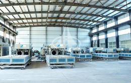 亚塑PVC管材生产车间